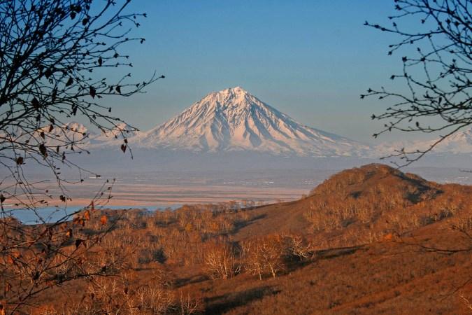 Фотогалерея: На Извержения вулканов Шивелуч и Толбачик. 2020г.