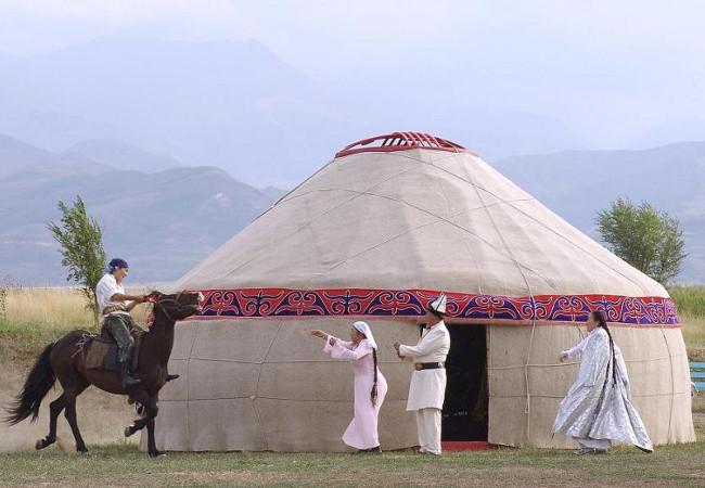 Фотогалерея: Золотое кольцо Юга Кыргызстана.9 дн.2018г.